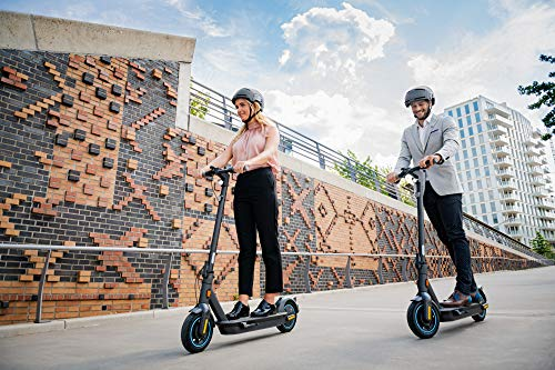 SEGWAY Ninebot Max G30D E-Scooter - 9