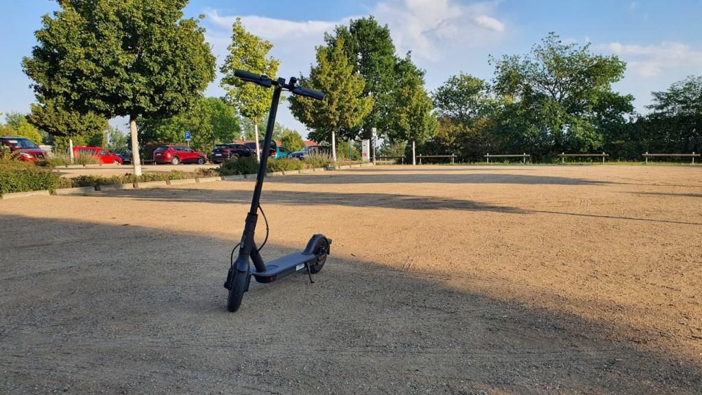 Xiaomi Mi Scooter 1S Test - Sand schräg vorne